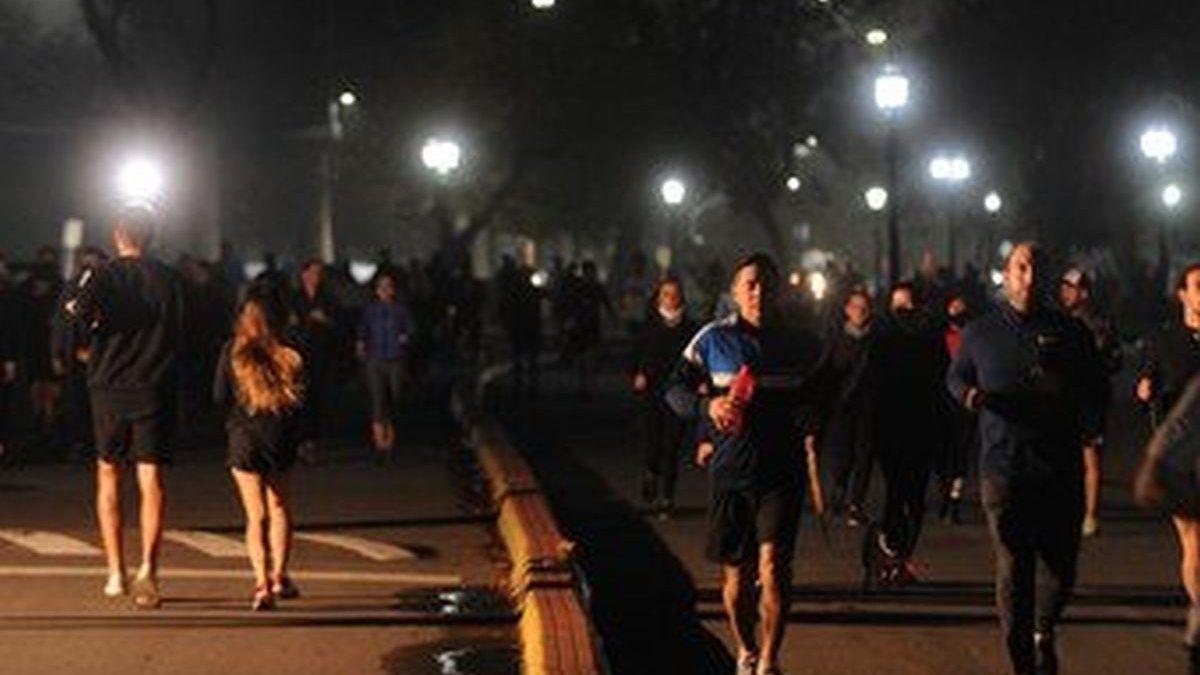 Volvieron los runners a los parques porteños pero con menos afluencia