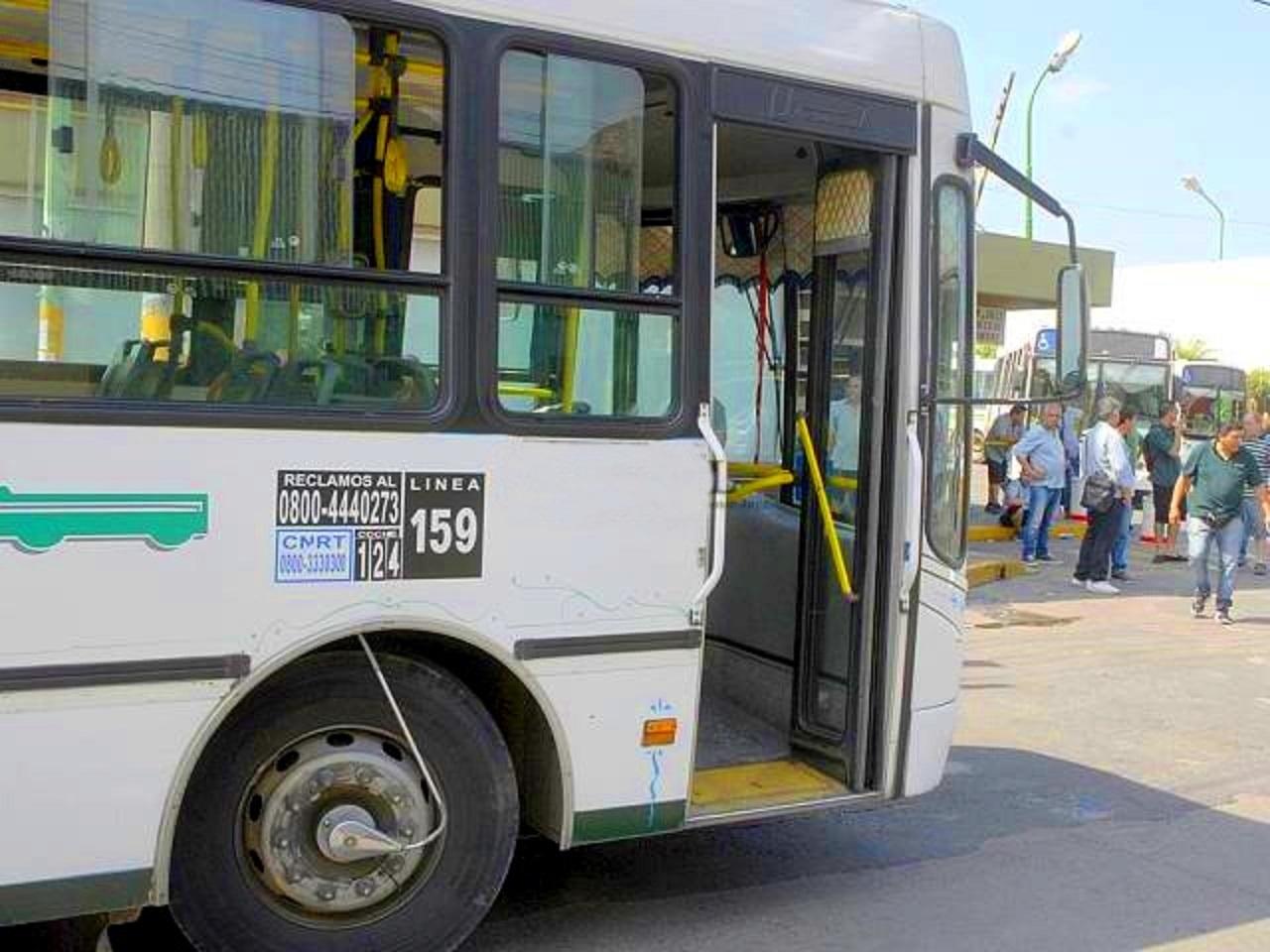 Analizan medidas para mejorar el transporte público en Quilmes