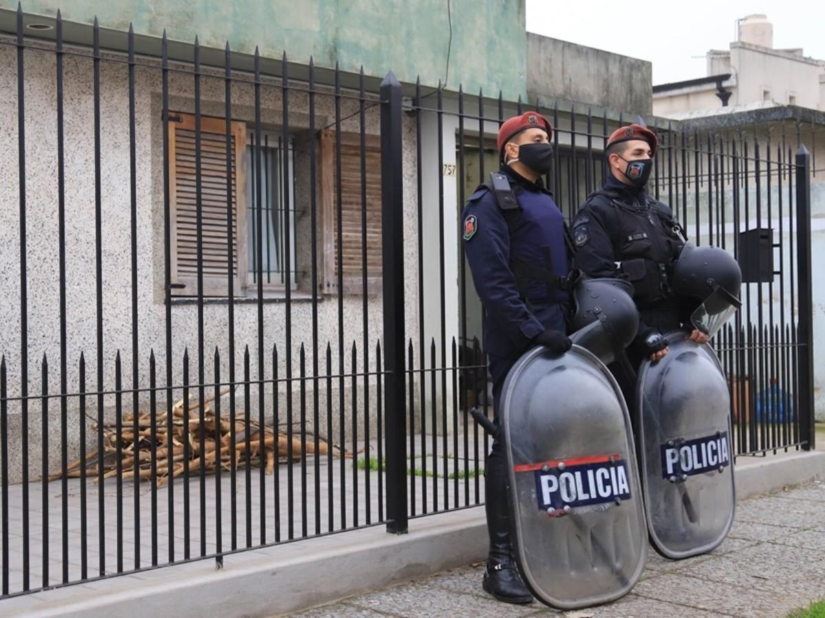 La defensa del jubilado sumó al abogado del policía Chocobar