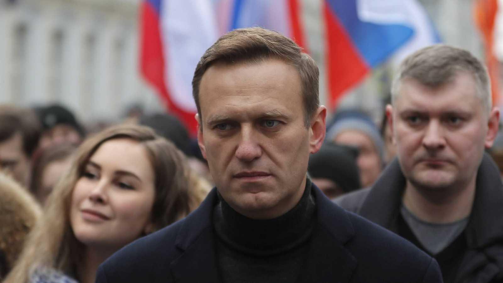 Los médicos que atienden al opositor ruso Navalny no autorizan su traslado a Alemania