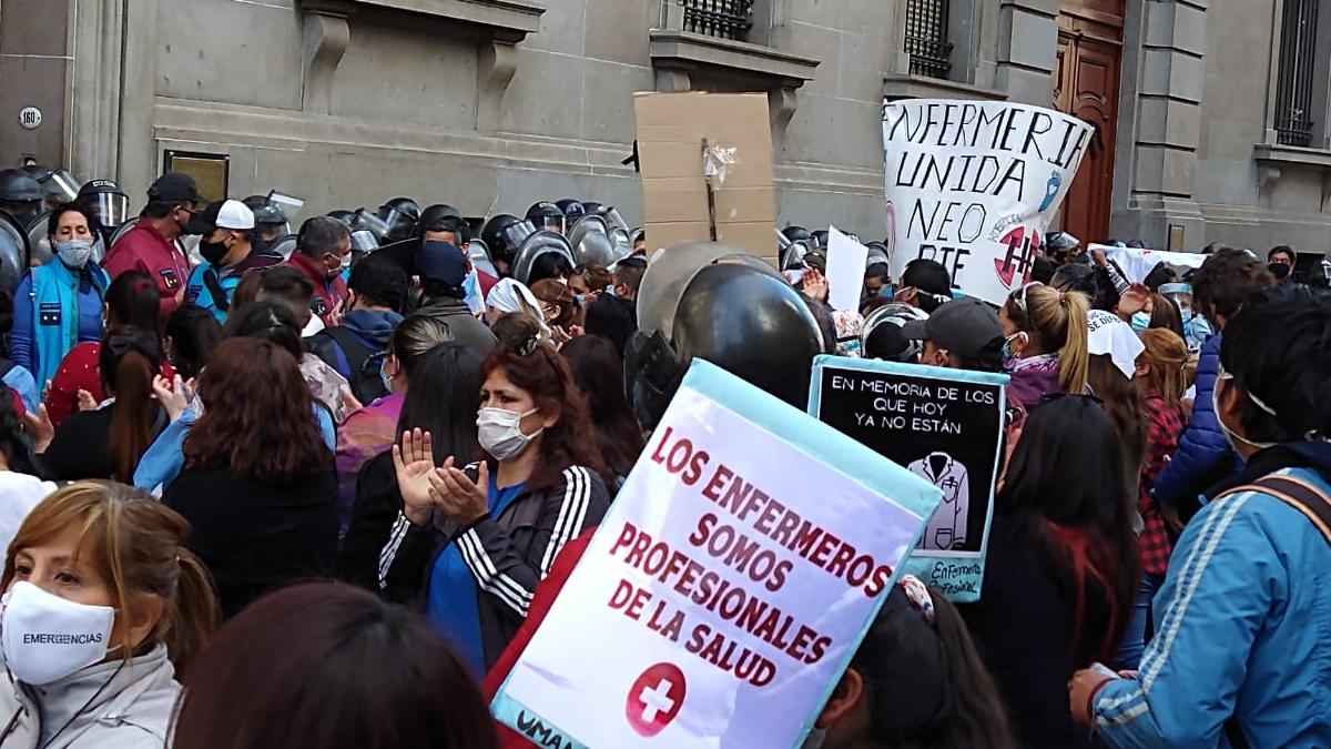 Enfermeros Autoconvocados no adhieren al paro convocado por ATE para el jueves