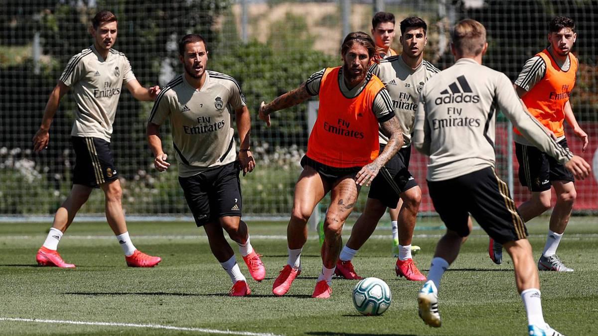 El Real Madrid analiza recortes salariales en su plantel por la pandemia