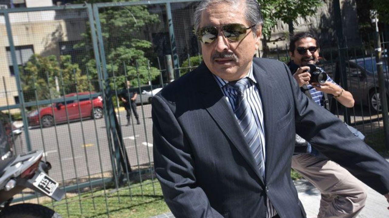 Carlos Kirchner denuncia espionaje ilegal
