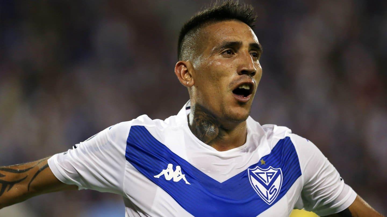 Vélez irá mañana por el pase a octavos de final ante el duro Peñarol en Montevideo