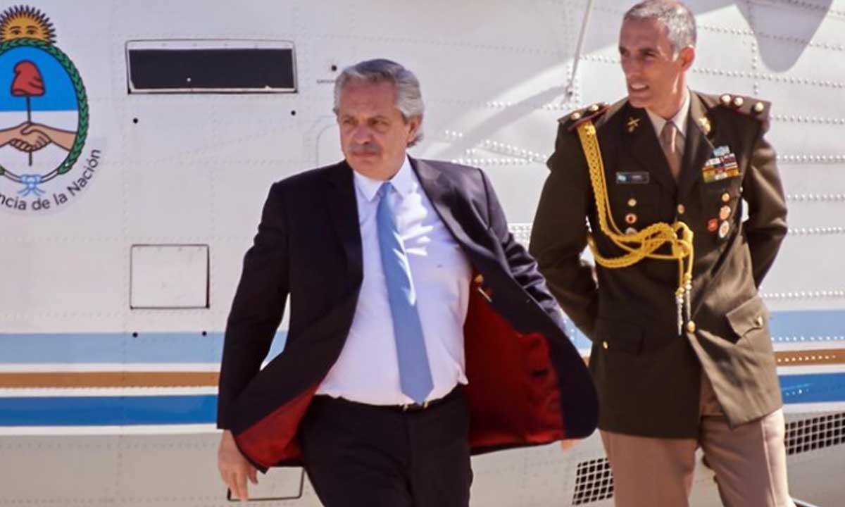 Alberto Fernández viajó a Uruguay y se reunió con Lacalle Pou