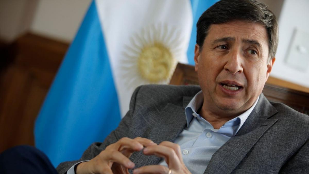 Arroyo: el 15% del aporte a las grandes fortunas será destinado a «urbanizar villas»