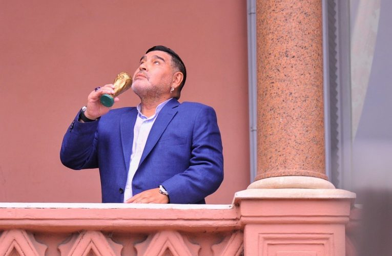 En la Casa Rosada impactó fuerte la muerte de Maradona