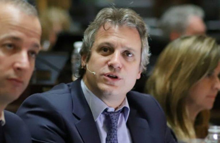 El jefe de Gabinete porteño ratifica que en la Ciudad sigue frenado el descenso de casos