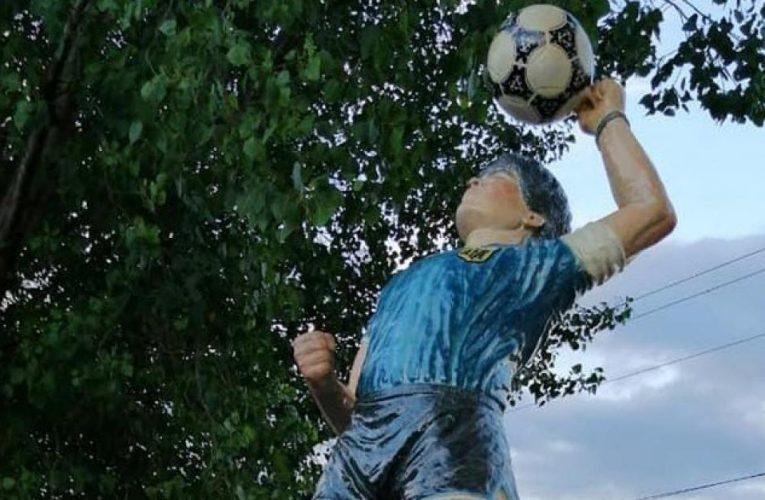 Inauguran en Tucumán una escultura tamaño real
