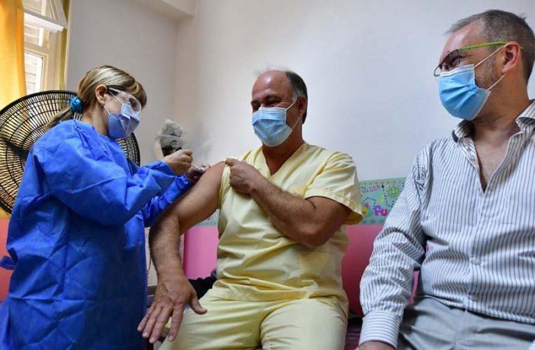 Neuquén recibió las vacunas para completar el esquema de los más de 3.600 trabajadores de la salud
