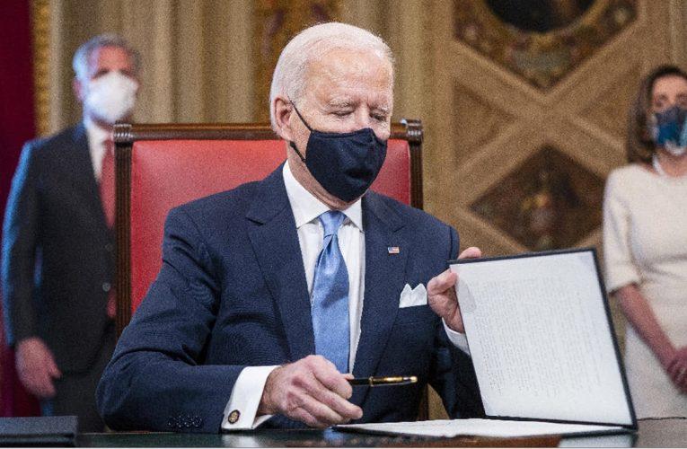 Biden revocó una medida de Trump que prohibía a personas transgénero en las Fuerzas Armadas
