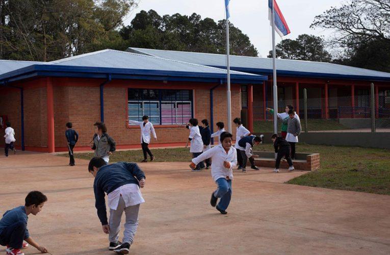 Se invirtieron unos 700 millones de pesos en infraestructura en escuelas de Misiones