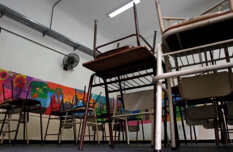 Gobierno bonaerense definió que la rotación de alumnos presenciales será semanal en algunas escuelas
