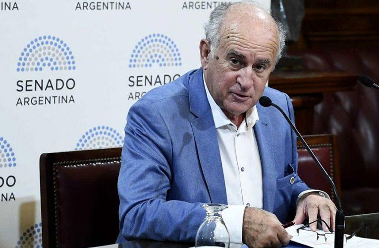 Parrilli dice que el espionaje ilegal se llevó a cabo para empobrecer a los argentinos
