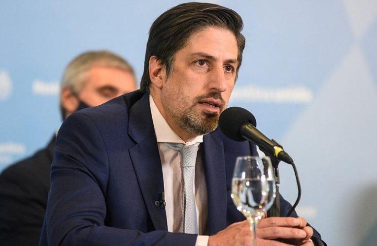 Trotta: «El Consejo Federal suspendió la presencialidad en zonas de alerta y la Ciudad debe cumplir»