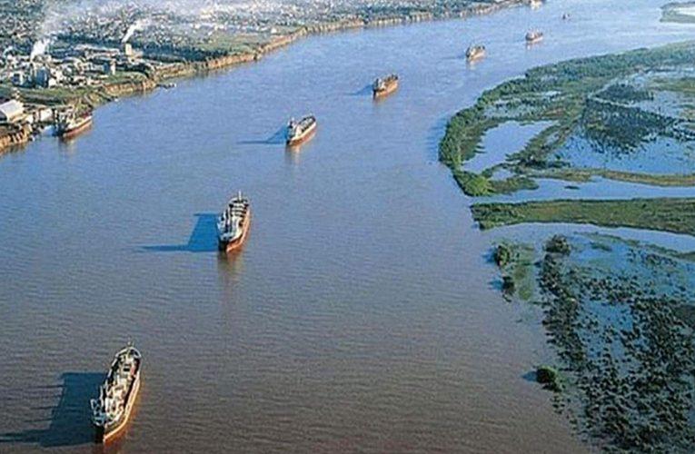 Taiana reafirmó que el cobro del peaje por el uso de vías navegables «lo tiene que hacer el Estado»