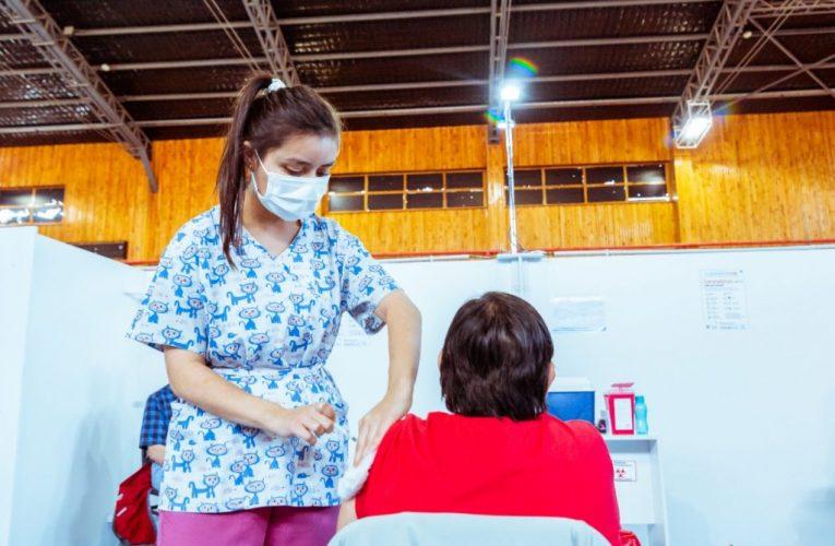 Tierra del Fuego vacunará a personas desde los 45 años sin factores de riesgo