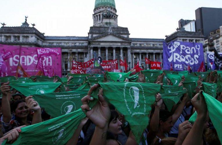 Suspenden la medida cautelar del juez López contra la IVE tras la apelación del Estado nacional