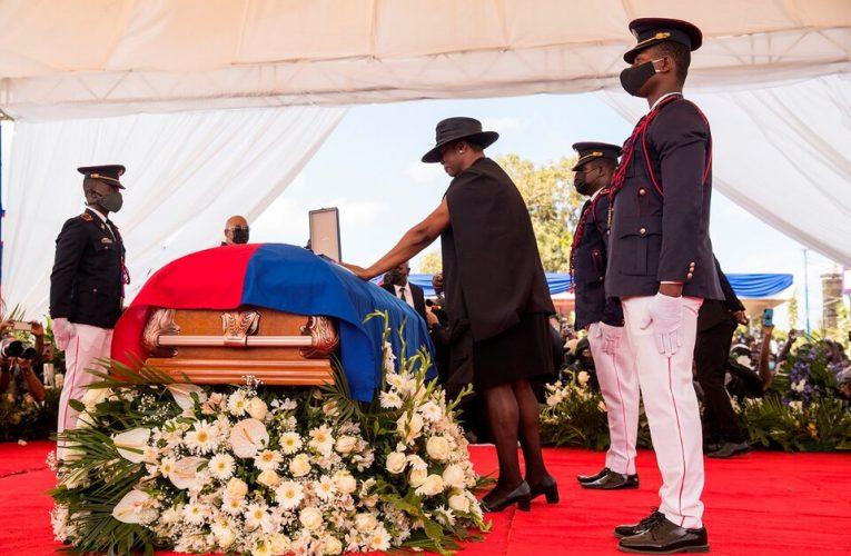 Disturbios en el funeral del presidente Jovenel Moise