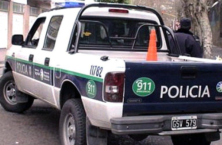 Un hombre murió en medio de un tiroteo al intentar avisarle a su vecino que le iban a robar