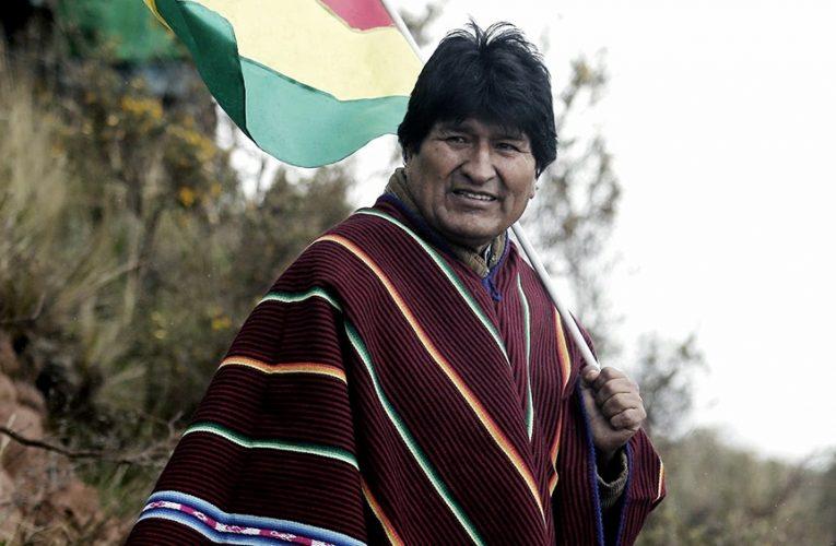 Para Evo Morales, el envío de armas por parte de Macri «confirma los planes del golpe»