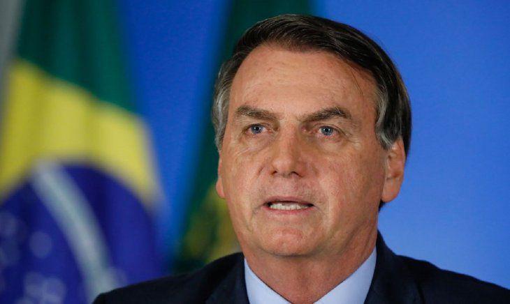 Tras mucho dolor en el abdomen, Bolsonaro continúa internado