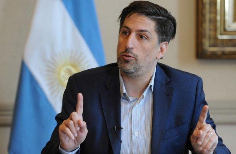 Trotta apuntó contra el gobierno porteño por eliminar el distanciamiento en las aulas