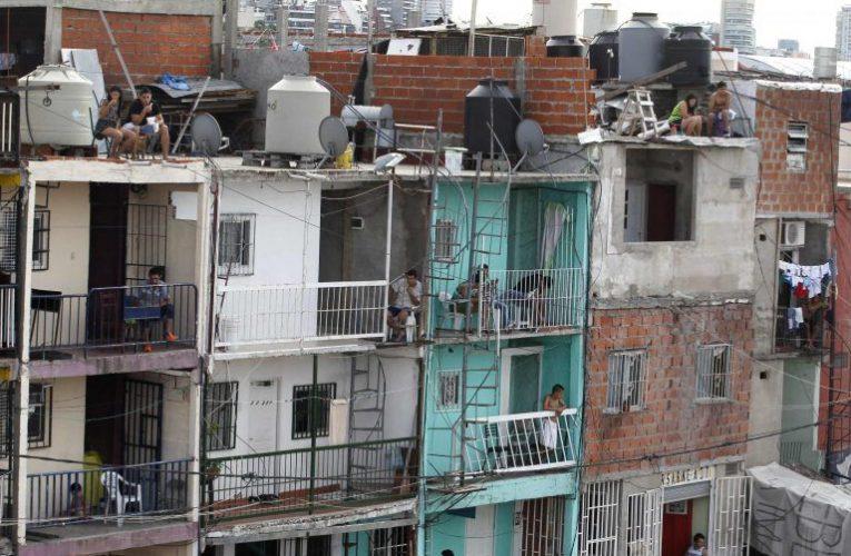 Barrio 31: más de 200 familias le piden al gobierno porteño una solución habitacional