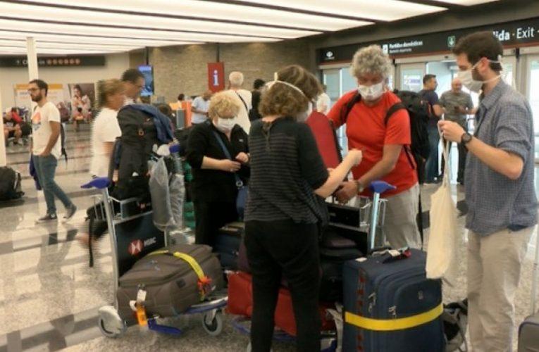 Los argentinos que viajen a España deberán cumplir 10 días de aislamiento
