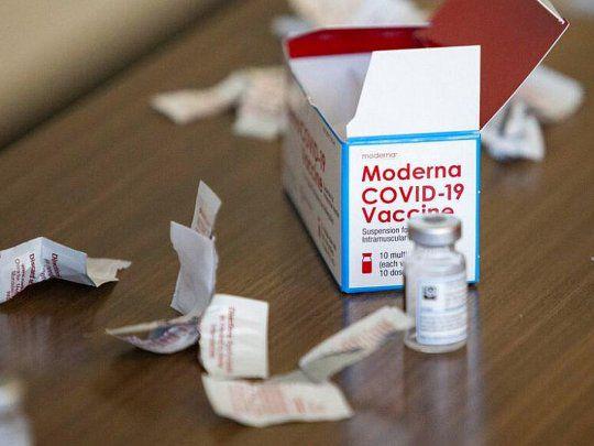 Europa aprobó la vacuna Moderna para jóvenes de 12 a 17 años