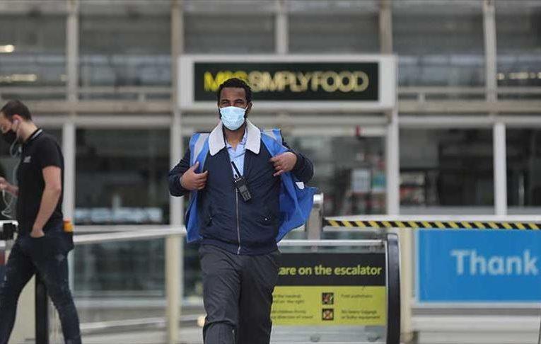 Inglaterra no les exigirá cuarentena a los pasajeros vacunados de EEUU y Europa